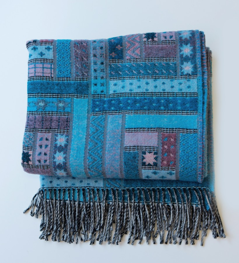 Queen Wool Blanket - Throw
