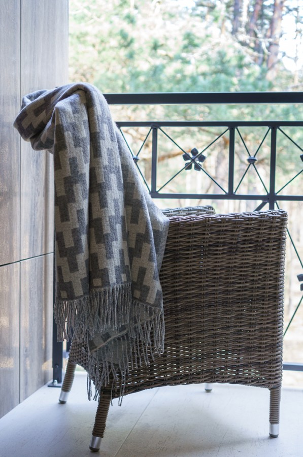 Warm Blanket - Throw and Couch Cover